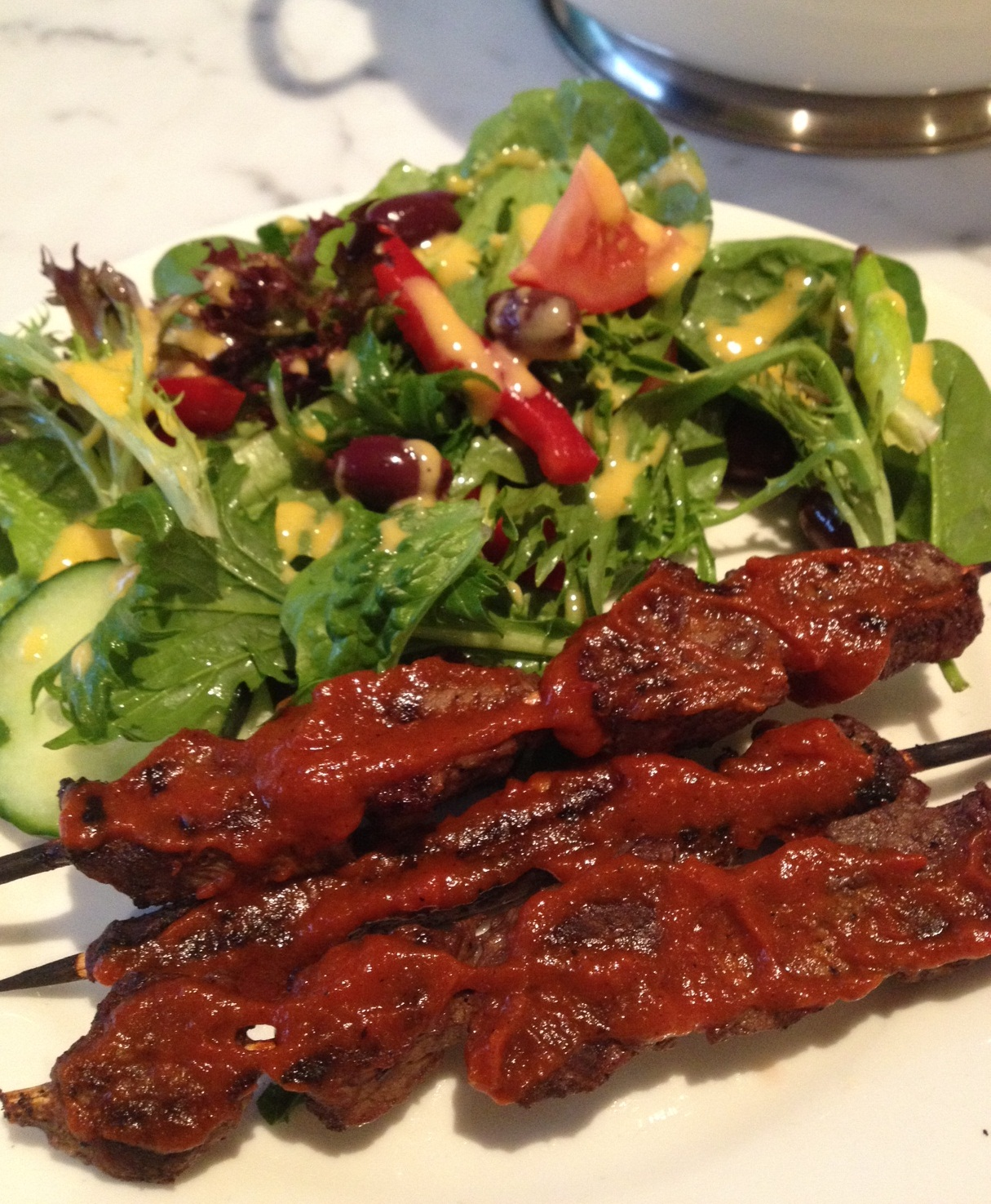beef skewers and salad 2