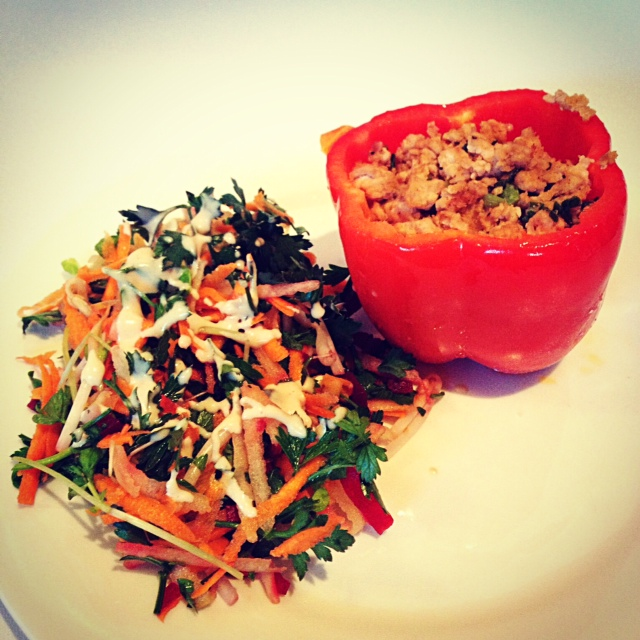 Chicken Stuffed Capsicum with Cleansing Salad